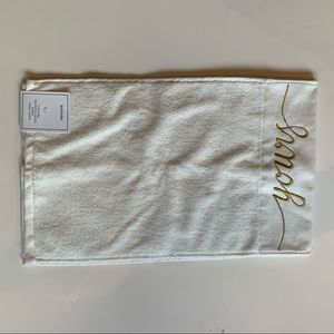 NWT Hand towels